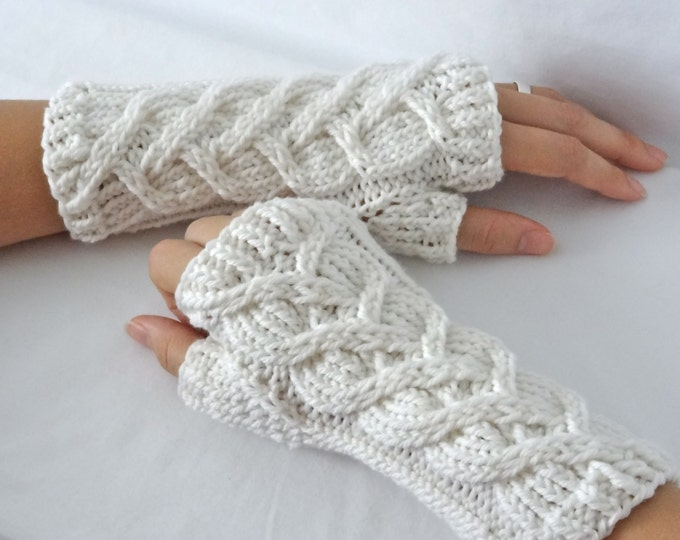 Intertwined Hearts Knit Merino Wrist Warmers
