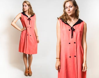 Coral Sleeveless Collared dress/ Pink Dress with Buttons/ Black Peter Pan Collar with Bow • Size Large to Extra Large •