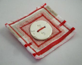 Cloth brooch with ceramic button hand-made : red / beige harmony