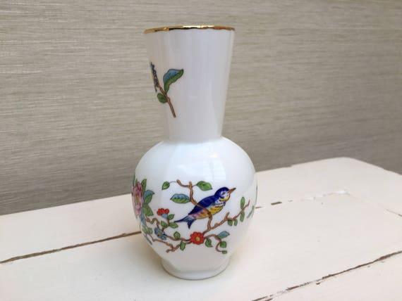 Aynsley Pembroke Vase 135cm Tall Fine Bone China