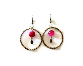 Agate fuchsia chalcedony, pearl beads and bronze colored hoop earrings