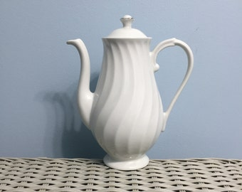 Silhouette Fine China by Syracuse Beloved