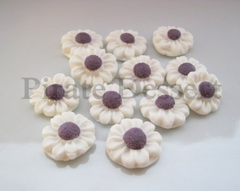 FONDANT FLOWERS White and Purple Daisy sugar flowers- half inch (12mm) White Daisies Edible cake decorations ( White and Purple) (12 Pieces)