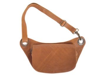 Crossbody Leather Fanny Pack in Caramel Brown Leather. Vintage treated leather. Perfect for hips or as a cross body purse. Festival Belt.