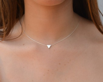 Triangle necklace,silver triangle,geometric necklace,silver necklace,sterling silver,gift for her,delicate necklace,triangle jewelry -21032