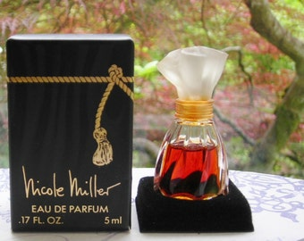 Nicole Miller eau de parfum miniature with box. Original vintage scent from 1993.