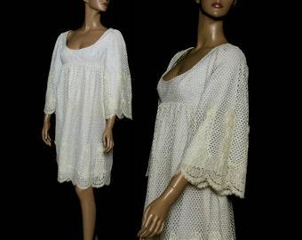 Vintage 1960s Dress Eyelit Fabric Flower Power Flared Sleeves Flower Appliques Rockabilly Garden Party
