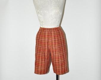 90s rust plaid linen shorts / 1990s reddish brown shorts / vintage high waist shorts
