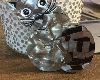 Acrylic kitty cat brooch