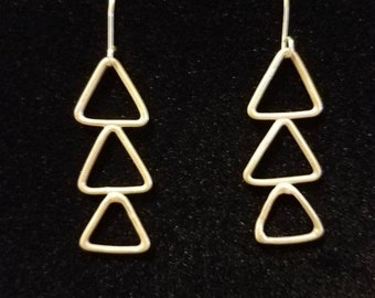 Triangle Earrings, Tribal Inspired Dangle Handmade Earrings, Argentium Silver, Triangle, Made in Hawaii, Dangle earrings, Silver, Geometric