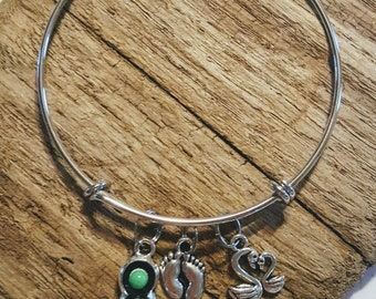 New Mom Charm Bracelet, Three Peas, New Mom, Mom-to-Be, 1st Mothers Day, Gift for New Mom