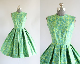 Vintage 1950s Dress / 50s Cotton Dress / Green and Blue Paisley Print Dress XS