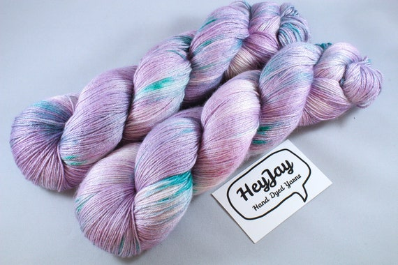 Plus Size Skein, Hand Dyed Sock Yarn 4ply, 150g/600m, BFL and Silk - Pickle