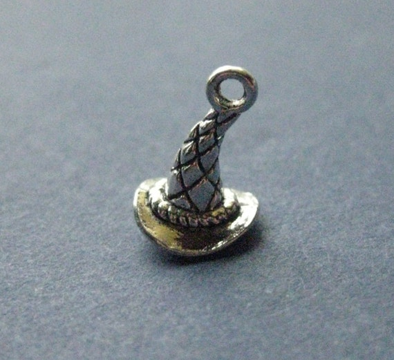 10 witch hat charm witch hat pendants wizard hat halloween 10 witch hat charm witch hat pendants wizard hat halloween charm halloween pendant antique silver 11mm x 11mm no109 11076 from aloadofball Image collections