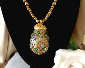 Designer jewelry Jose & Maria Barrera Couture collection 24-karat yellow gold-plated crystal cloisonne necklace 1980s
