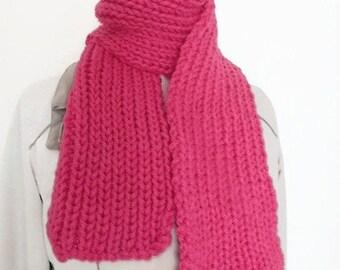 Pink chunky knit scarf, muffler scarf, hand knit scarf, knitting scarf, womens Winter scarf, pink neck scarf, woollen scarf, fashion scarf
