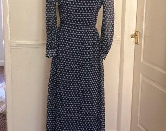 Vintage 60s/70s Carmegie of London Navy Blue Maxi Dress to fit UK size 12-14.