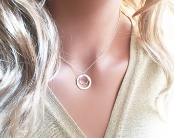 TWO CIRCLES necklace modern geometric shape necklace infinity necklace karma necklace sterling silver rings jewelry simple design