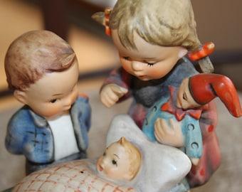 FREE SHIPPING Vintage Rare Hummel Blessed Event Porcelain Figurine