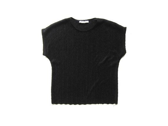 80s Black Cap Sleeve Shirt Simple Textured Top Basic Ribbed Tee Minimal Modern Vintage Top Womens Small