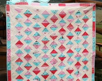 PDF quilt pattern, modern quilt, instant download red and aqua quilt