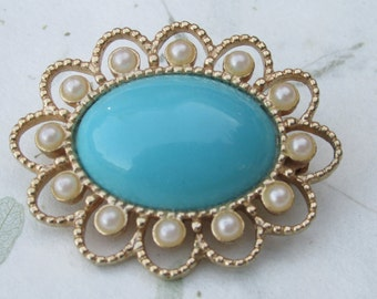 Vintage Sarah Coventry Turquoise and Pearl Filigree Brooch