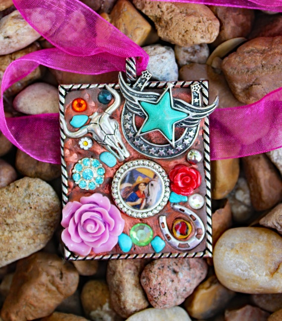 Western Cowgirl Statement Pendant Necklace