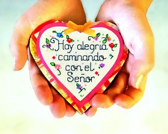 Latino Christian  Spanish Mindfulness  Heart magnet   Hispanic faith gift   Inspirational quote   Hispanic Christian   Spiritual Decor