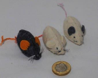 Three Felt Mice, felt animal, felt animals, wool animal, Waldorf, Steiner style - Shipping included!