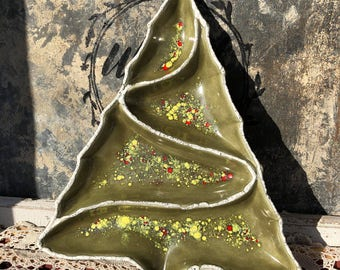 Atlantic Mold Ceramic Christmas Tree Candy or Nut Tray