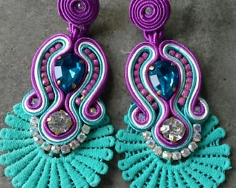long earrings with aquamarine torchon