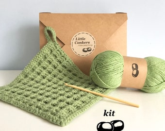 Crochet Kit / DIY Kit Crochet Dishcloth Kit / Simple Beginner Crochet Kit / Gift for Crocheter / Dishcloth Pattern Kitchen Hotpad Potholder