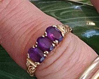 Vintage 3 Stone Amethyst Ring Stack Ring Engagement Ring Wedding Ring