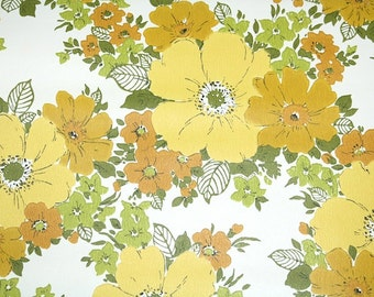 Retro Wallpaper by the Yard 70s Vintage Wallpaper - 1970s Yellow Gold and Green Flowers on White