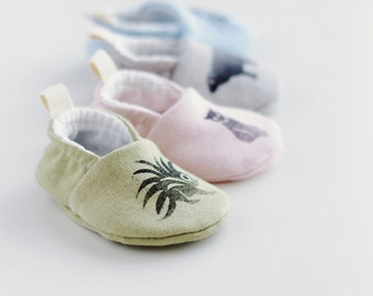 Baby Booties in Naturally Dyed Organic Cotton