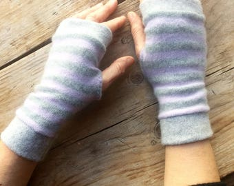 Fingerless Gloves in grey and lilac cashmere, wrist warmers, typing gloves