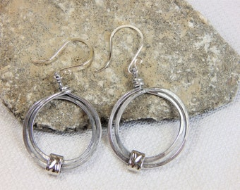 Silver Double Circle Hoop Wire Work Earrings (E74)