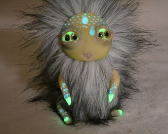Yeti Handmade - Kevin. Lovely monster wants to live in new house ... Wants to celebrate Christmas with you. Clay Living Doll High Quality.