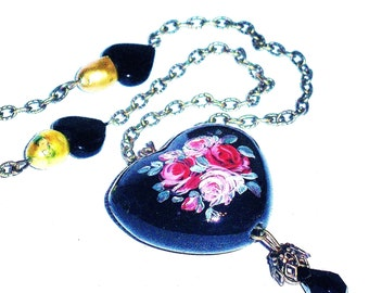 Painted Roses Heart Necklace Vintage Style Victorian Jewelry FREE SHIPPING