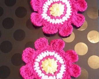 Handmade CROCHET FLOWER APPLIQUE / Motif / Embellishment /Scrapbooking /Card Making / Motiff / Craft Supplies / Crochet Embellishments