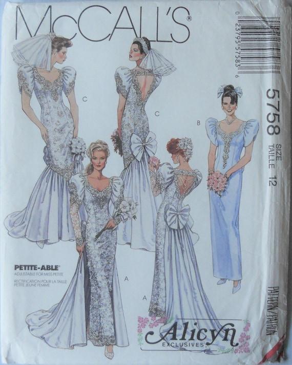 McCall 5758. Hochzeit Kleid Muster. Brautkleid-Muster.