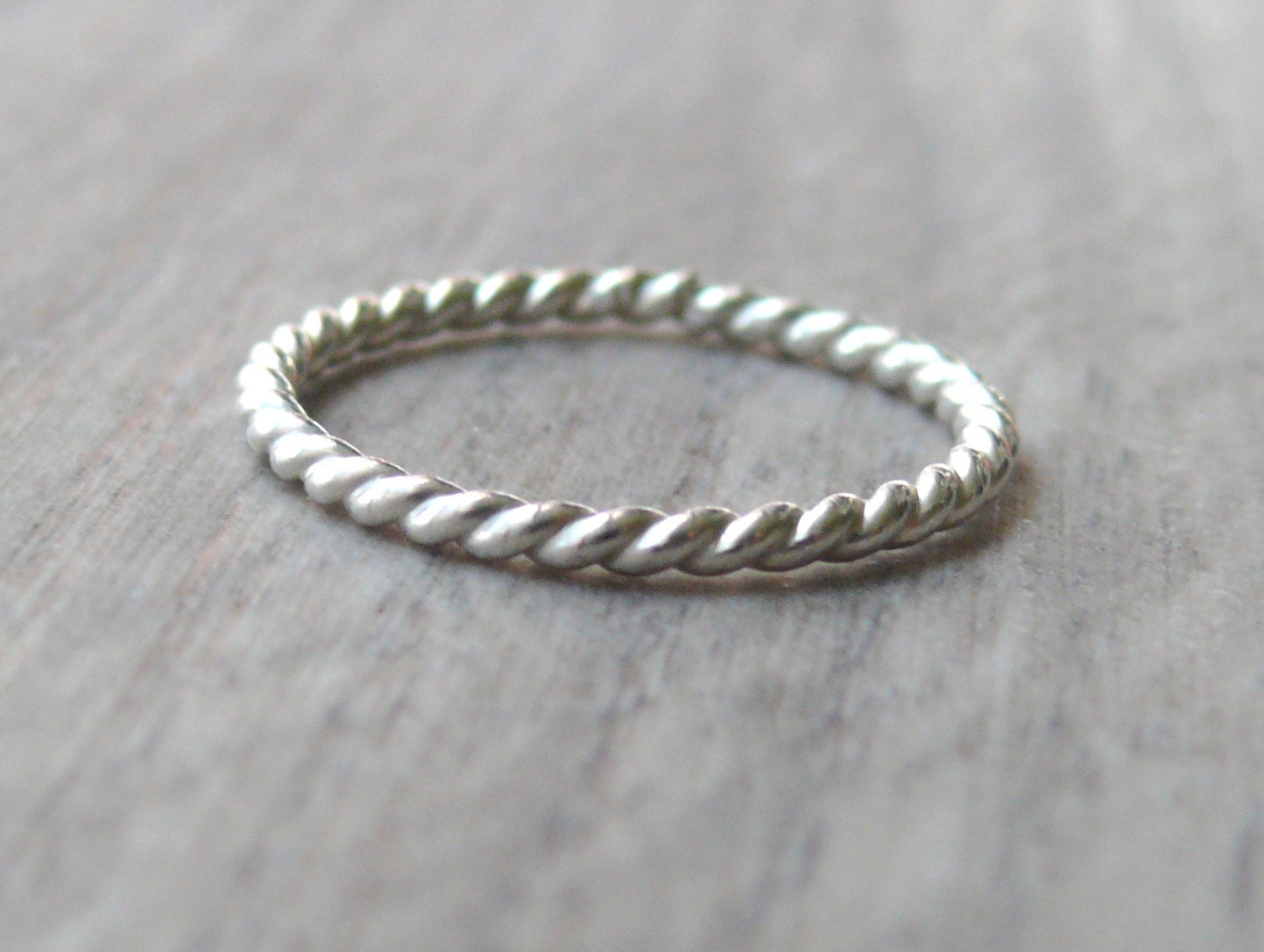 ring large twisted rings id