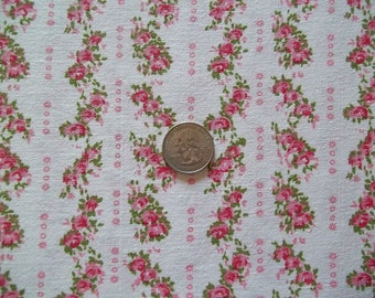 """Vintage Cottage Decor Shabby Little Pink Roses Crafting ~ Quilting ~ Sewing ~ Cotton ~ 36"""" wide X 44 1/2"""""""