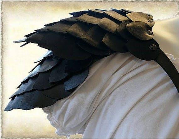 Custom made, Shoulder guard / pauldron