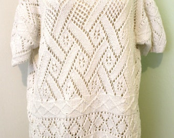 White Knitted Sweater with Collar