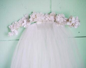 antique floral crown wedding veil