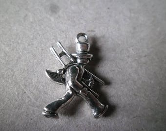 x 3 pendants/charm silver sweep aged 20 x 14 mm