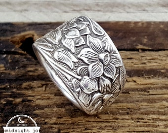Narcissus Spoon Ring - Daffodil Spoon Ring - Silver Spoon Ring - Floral Ring - Vintage Spoon Ring - Silverware Jewelry - Gift for Her