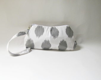 Pleated Grey Wristlet Purse.Clutch. Wallet .Cell Phone Clutch.Handbag-White and Grey Ikat.