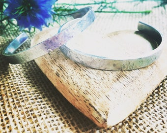 Hammered cuff bracelet / Jewellery / Gift for her / Anniversary / Stacking cuff / Silver Colour / Alluminium / Fashion / Jewelry / Ladies